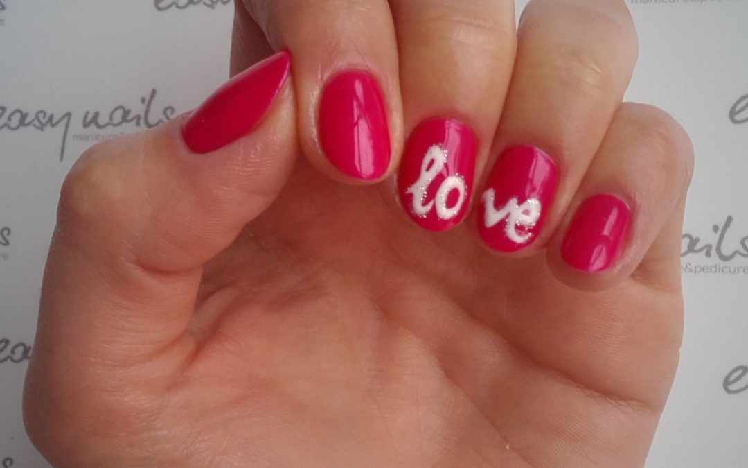 Manicure walentynkowy love
