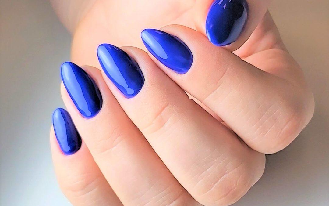 Perfect blue manicure